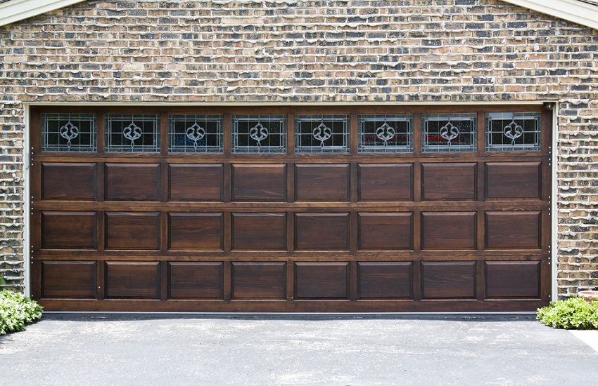 How to Find Fraud Free Garage Door Repair Services in Alhambra