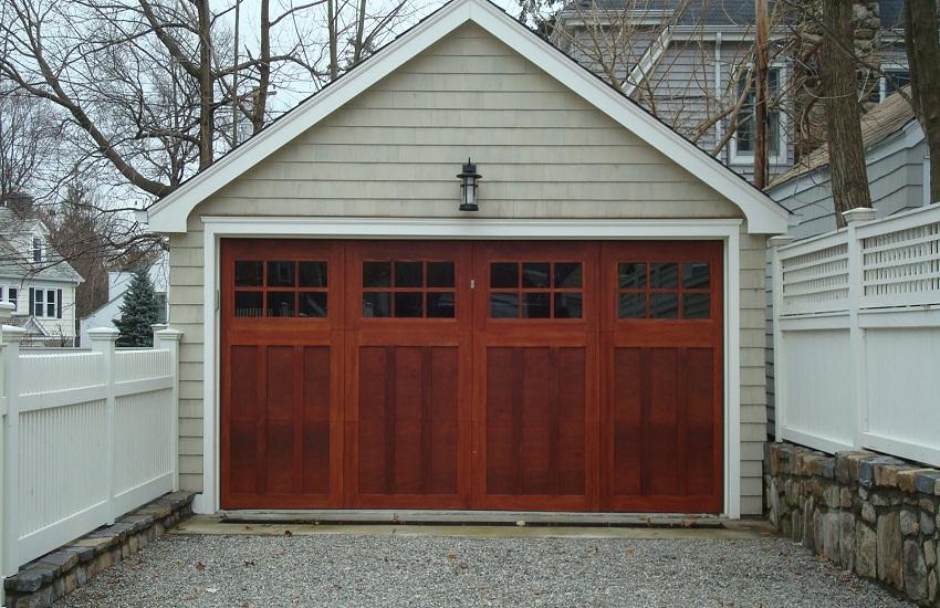Qualities of Good Garage Door Repair Services in La Canada Flintridge